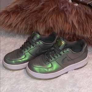 UNIQUE metallic Nike Air Force ones.